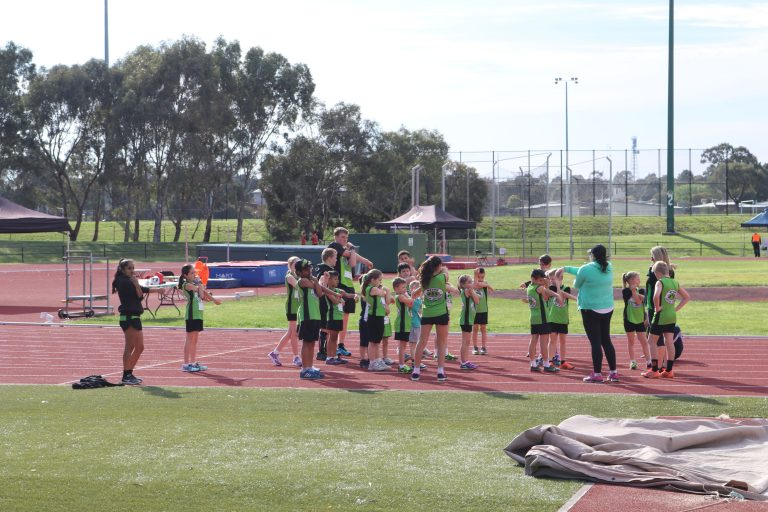 Metro Team warm up - Metro Little Athletics Epping
